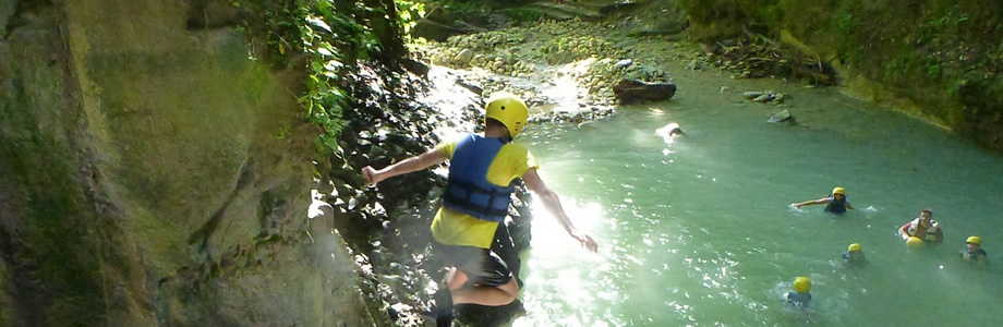 Canyoning 27 Charcos